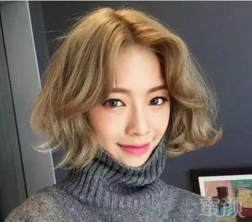 2018最新修颜瘦脸短发发型设计搭配!
