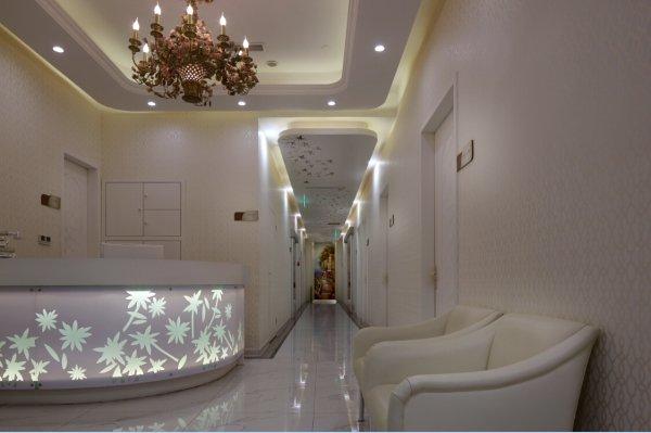 """北京莫琳娜国际医疗抗衰老中心MOLENNA莫琳娜品牌,是香港飞腾集团全力打造的医疗板块明星品牌,是中国首个专业医疗抗衰老品牌。自1998年进入中国,已经具有16年发展史。""""MOLENNA莫琳娜""""品牌在医疗、美容、科研等多个医疗抗"""
